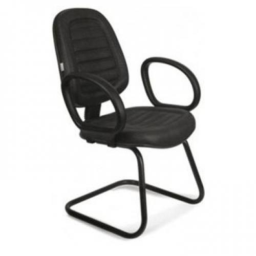 Cadeira executiva costurada c/ braço corsa base em S