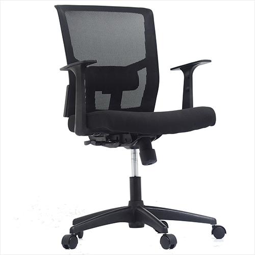 Cadeira Diretor BLM 0226 D Cadeira alto padrão com encosto em tela  de poliéster, tensor de lombar e regulagem de altura Este modelo comporta até 110kg.